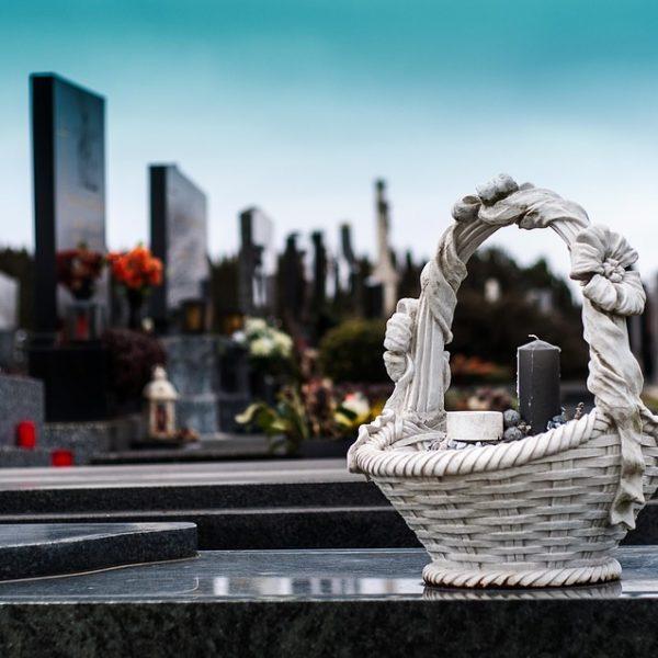 Netekus artimojo skubiai reikalingos laidojimo paslaugos Vilniuje